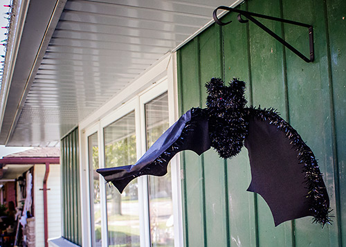 hanging bat halloween