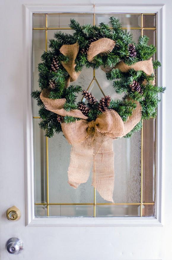 burlap bow Christmas wreath DIY