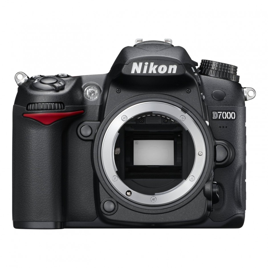 Nikon D7000 body only