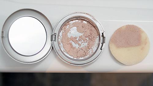 fixed makeup compact