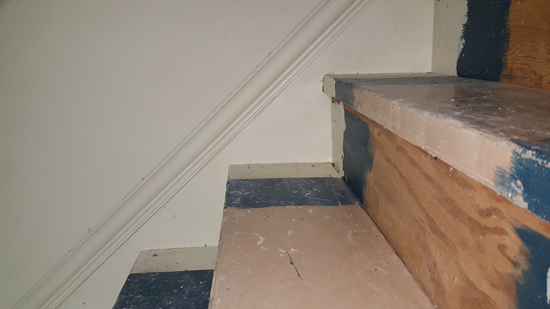 Stairs, de-carpeted, before vinyl plank