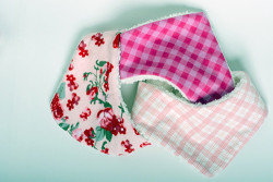 Plushy toddler bibs