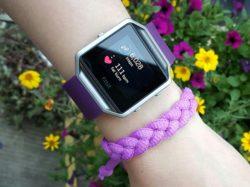Fitbit Blaze plum display.jpg